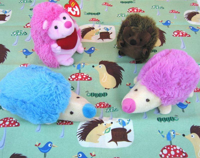 Pinkbluehedgehogs